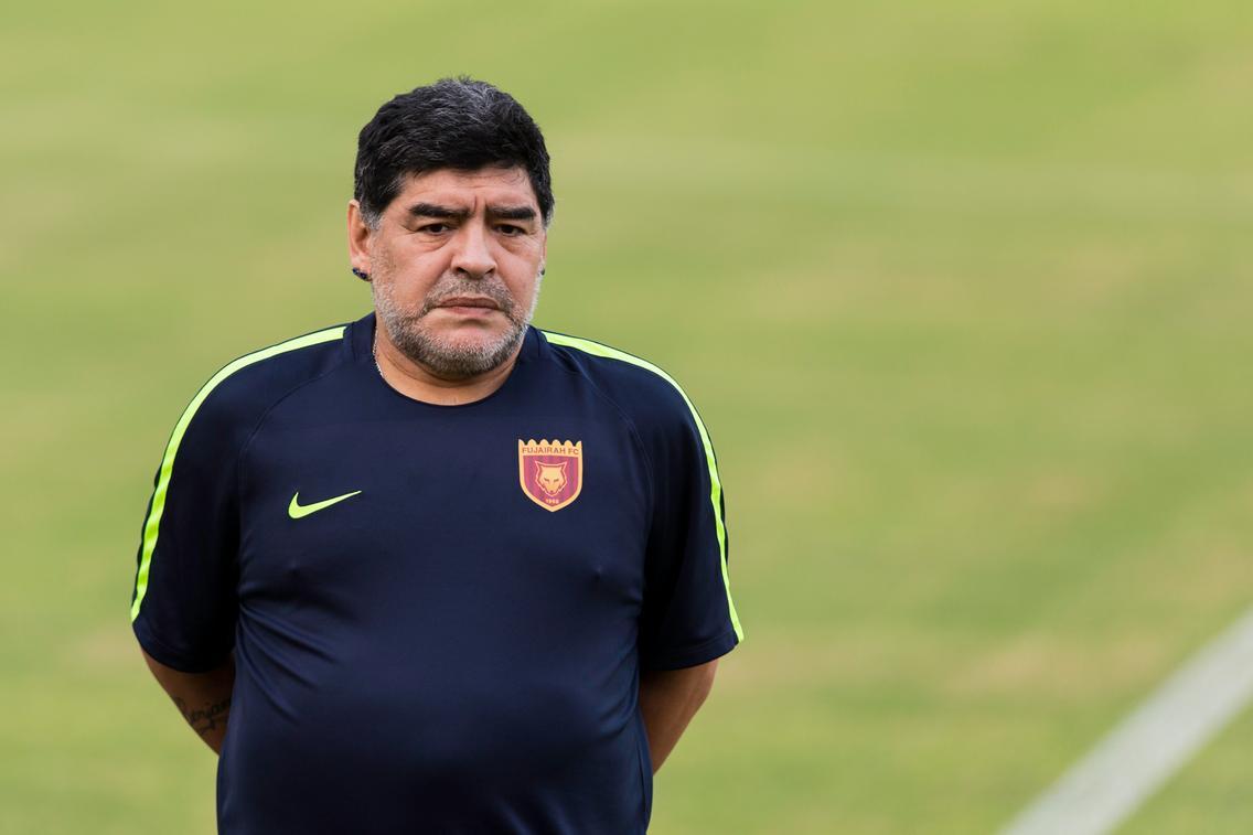 Guai per Maradona dalla ex moglie | Italia free press